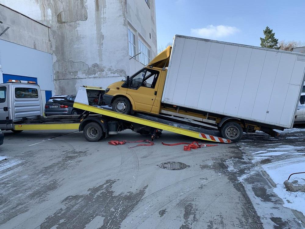 Пътна помощ на камион София